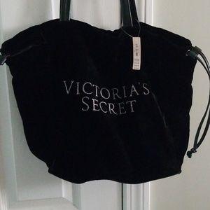 Handbags - Free with 4 or more bundles!